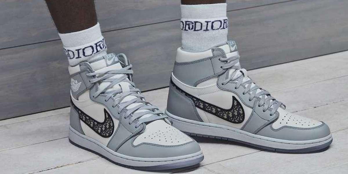 CN8607-002 Dior x Air Jordan 1 High OG Wolf Grey/Sail-Photon Dust-White Sneakers